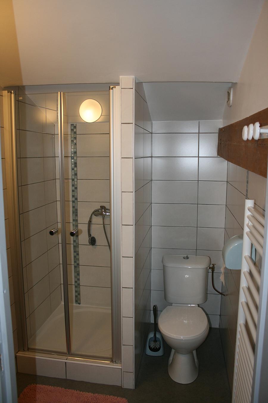 Toilettes/Salle de bain 3m<sup>2</sup>